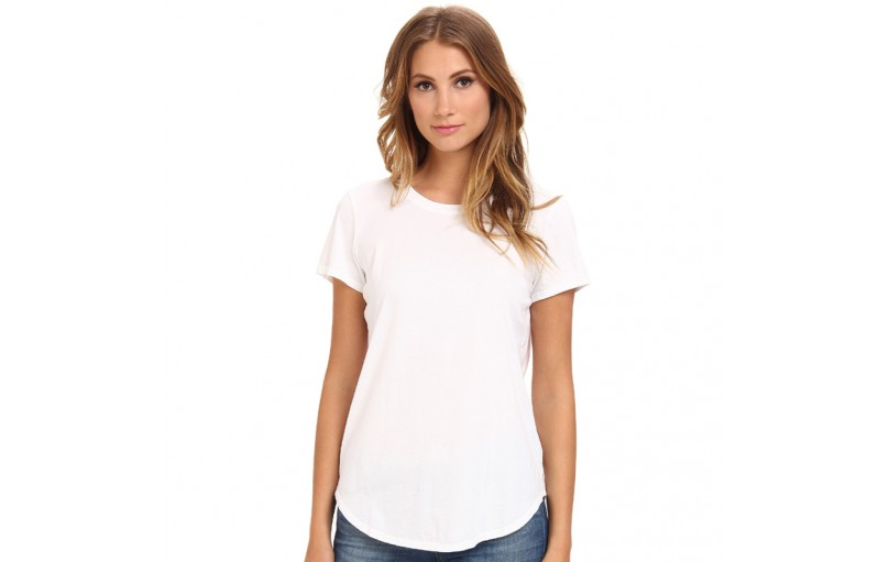 5 Reasons Why Everyone Should Wear Plain White T-Shirts